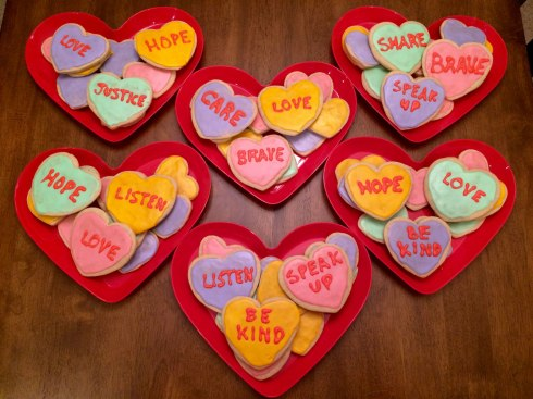 heart-cookies-with-words